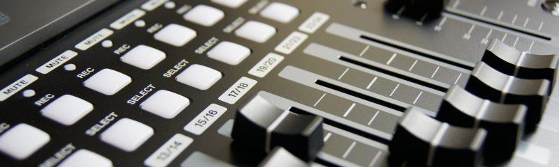 Возможность смены названий управляющих кнопок в проектах